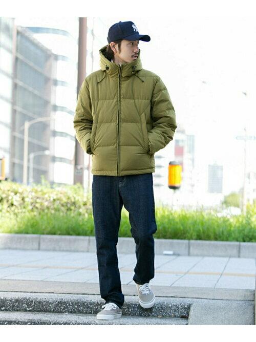 カーキ 河田フェザーダウンジャケットのコーディネートの画像