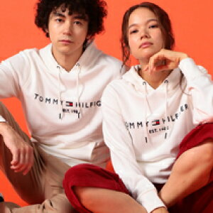 【TOMMY HILFIGER】《Recommend item》ユニセックスで着られるシンプルフーディー